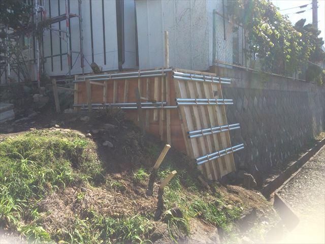 擁壁補強工事型枠