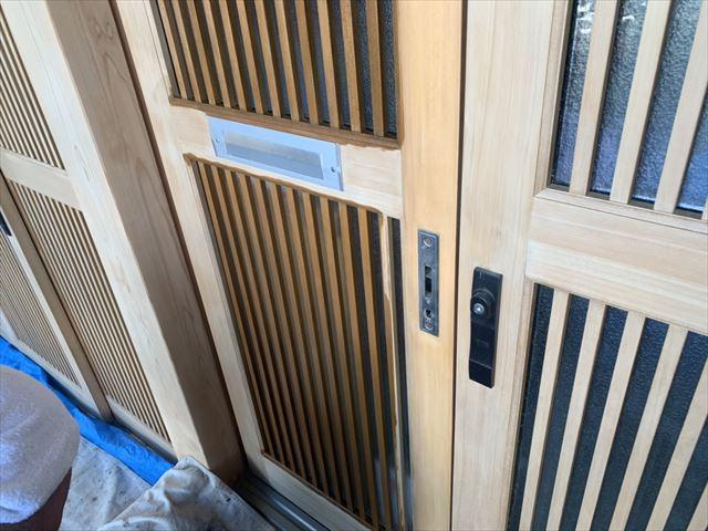 木製玄関ドア施工