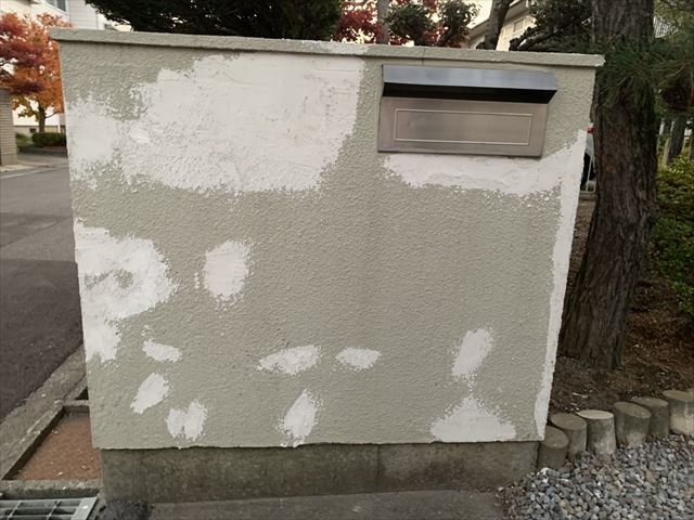 塩尻市広丘で塀の塗装をしました 塀の塗装は浸透性の高い塗料を選択 松本市 塩尻市の外壁塗装 屋根塗装なら街の外壁塗装やさん松本諏訪平店